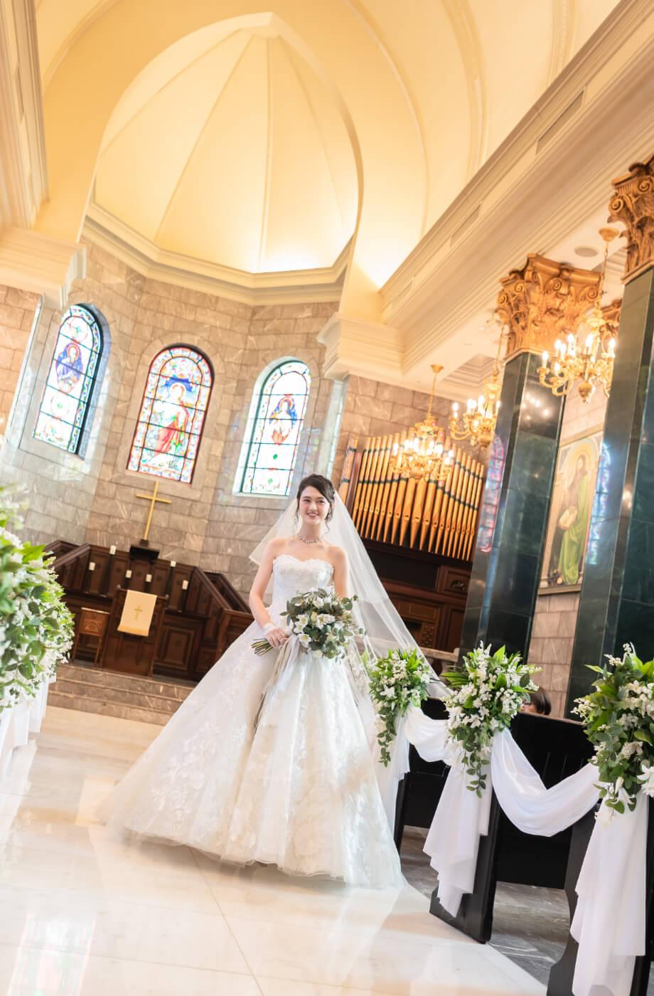 長崎結婚式場 本格大聖堂結婚式 セントロイヤルチャーチ